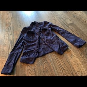 Adorable Mossimo Linen Blazer with hook closures